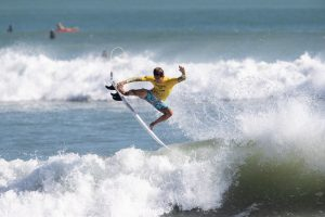 Read more about the article Tipi Jabrik's Grom Patrol Surf Training Camp and Comp #1 at Kuta Beach Concludes with 50 plus Groms Competing in Perfect Halfway Conditions
